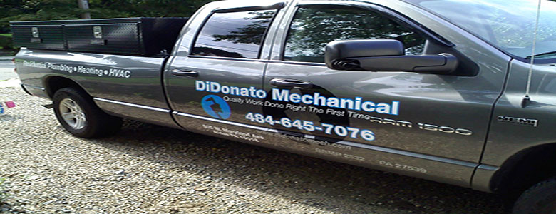 Fleet vehicle lettering by Acrobat Signs